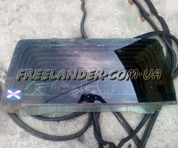 Скло задньої дверки(кришки багажника) Freelander 1998-2006
