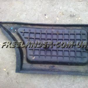 Гумова накладка на панель Freelander 1