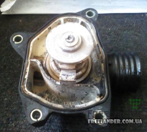 Корпус термостату Freelander Land Rover Freelander 2.0 TD4