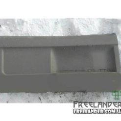 Обшивка задньої дверки Land Rover Freelnader 98-06