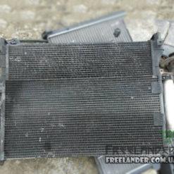 Радіатор кондиціонера Land Rover Freelander JRB101070