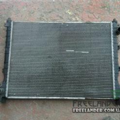 Радіатор охолодження Land Rover Freelander 1.8 PCC000110, PCC000111