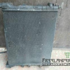 Радіатор охолодження Land Rover Freelander PCC000110, PCC000111