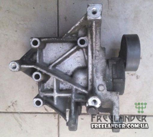 Фото Кронштейн генератора з натяжним механізмом Land Rover Freelander 1.8 YLU102490