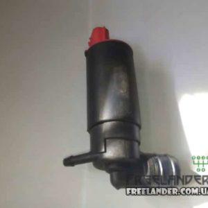 Фото Моторчик омивача Land Rover Freelander DMC100550, 5184002727 (червоний роз'єм)