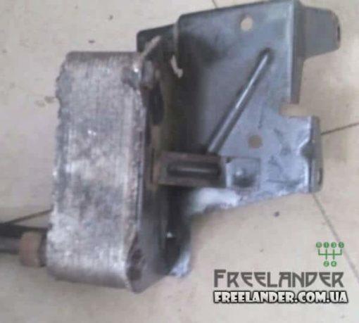Фото Масляний радіатор АКПП Freelander 2.5 V6 UBC000070 UBU000070