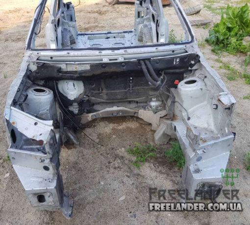 Фото Передня чвертка (лонжерон) Land Rover Freelander 1