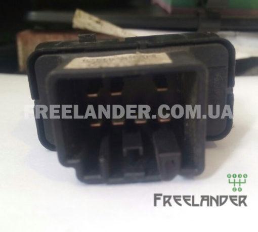 Фото Кнопка блокування центрального замка Land Rover Freelander 1 YUF000290PUY
