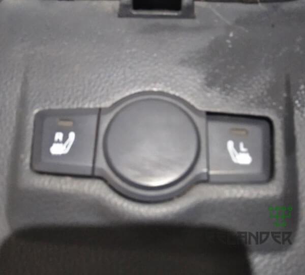 Фото Центральна консоль Chevrolet Captiva 2006-2011 Самбір
