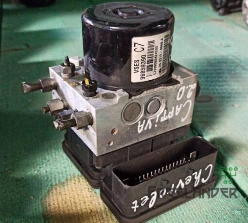 Фото Блок ABS Chevrolet Captiva C100 2.0 VCDI GM 96859390